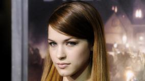 Alexis Knapp Glossy Lips Looking At Camera Face Closeup