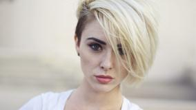 Alysha Nett Looking At Camera N Cute Eyes Photoshoot