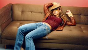 Anastacia Laying Pose On Sofa At Isabel Snyder Photoshoot 2001