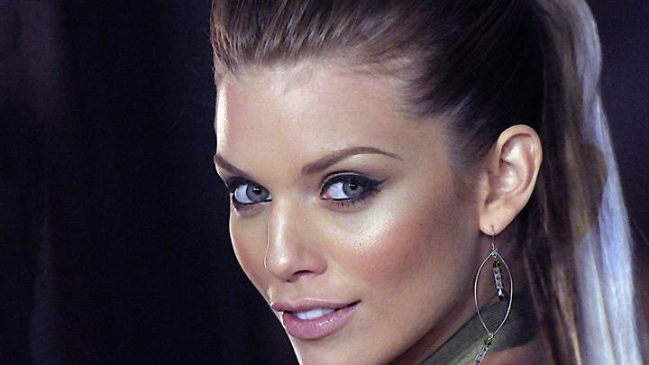 AnnaLynne McCord Smiling Looking Back Face Closeup