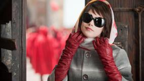 Ashley Greene Wearing Black Goggles N Red Gloves Photoshoot