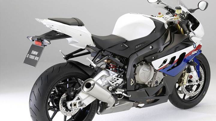 BMW S1000RR Side Back Pose In White