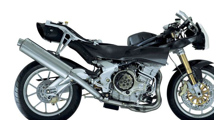 Benelli Tornado Tre In Black On White Background Side Pose