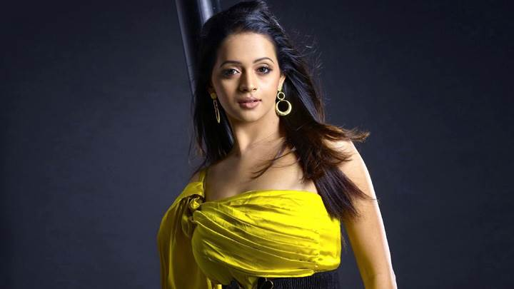 Bhavana In Yellow Dress Beautiful Looking Photoshoot