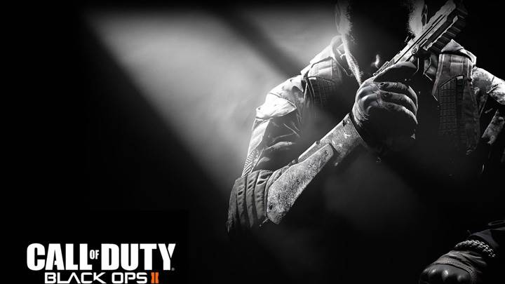 Call of Duty- Black Ops II – Gun In Hand