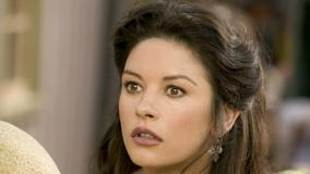 Catherine Zeta-Jones Looking Confused Face Closeup