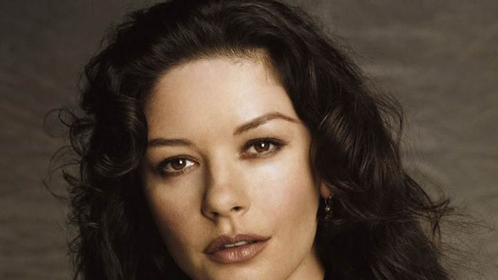 Catherine Zeta-Jones Looking Cute Front Face Closeup