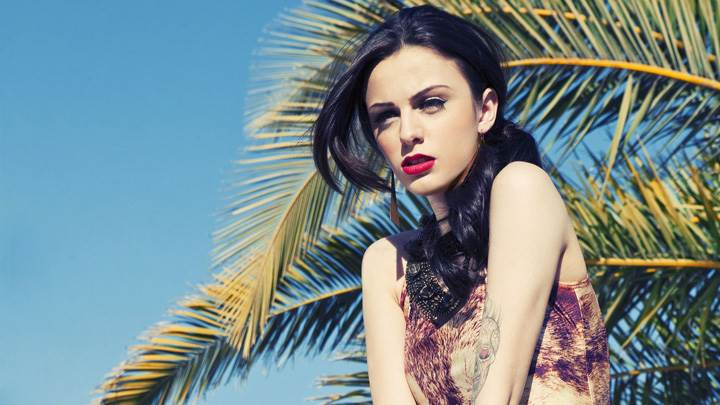 Cher Lloyd Looking Cute In Red Lips Photoshoot