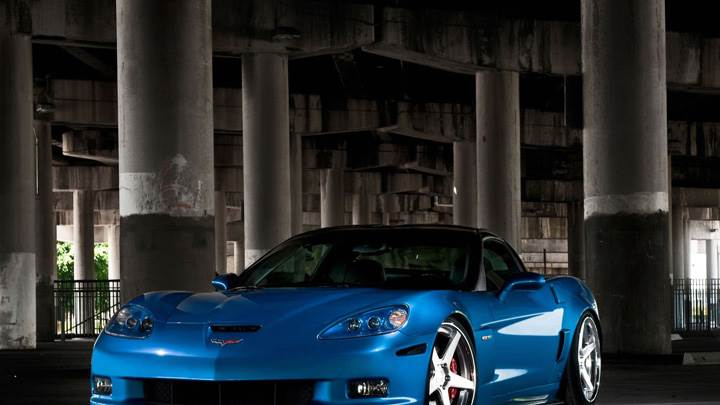 Chevrolet Corvette C6 ZR1 In Blue Front Pose