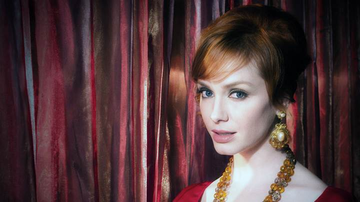Christina Hendricks Wearing Jewellery Cute Face Photoshoot