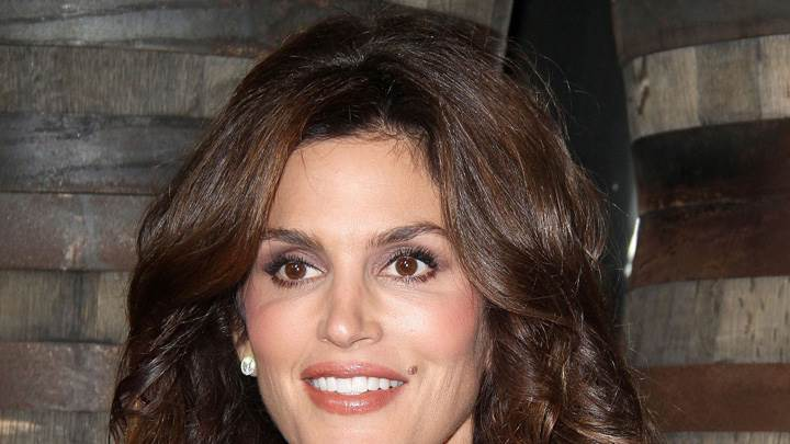Cindy Crawford Smiling N Cute Eyes Face Closeup