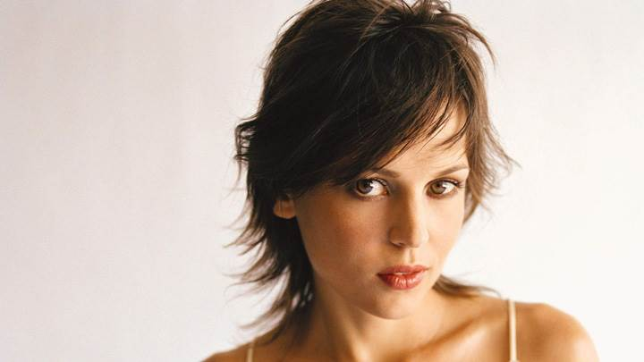 Cute Face Picture Of Elena Anaya