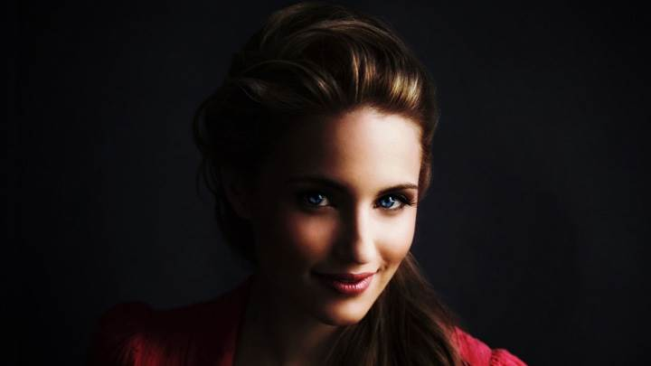 Dianna Agron Smiling Face And Black Background