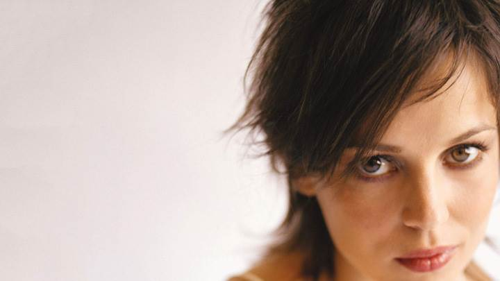 Elena Anaya Looking At Camera And Face Closeup
