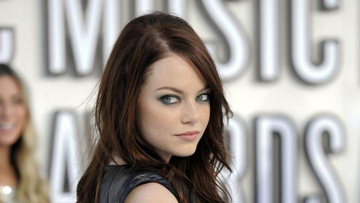 Emma Stone Looking Back Cute Face Photoshoot