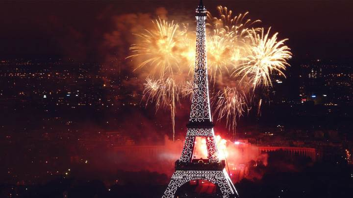 Fireworks At Eiffel Tower Night Scene