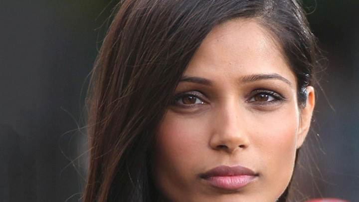 Freida Pinto Pink Lips Ultra Face Closeup