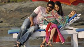 Genelia D'Souza And Rana Daggubati Sitting On Bench In Naa Ishtam
