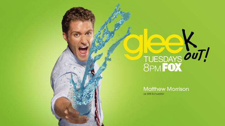 Glee – Matthew Morrison As Will Schuester Throwing Water