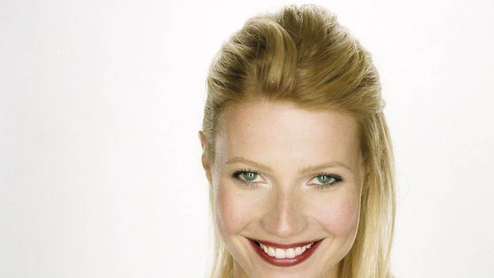 Gwyneth Paltrow Sweet Smiling Face At Robert Fleischauer Photoshoot