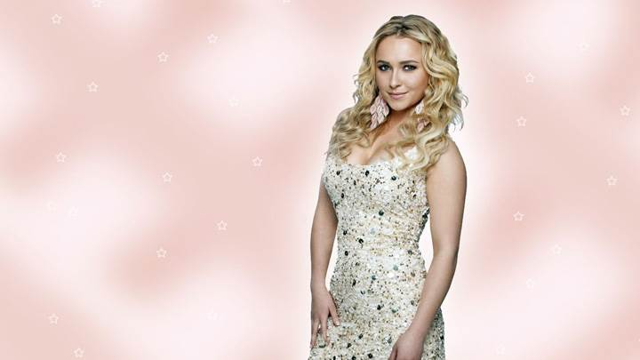 Hayden Panettiere Modeling Pose In White Dress