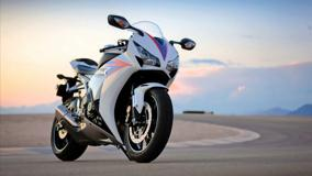 Honda CBR1000RR In White Front Pose
