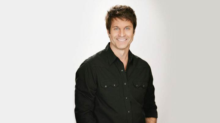 Jon Hensley Sweet Smiling In Black Shirt