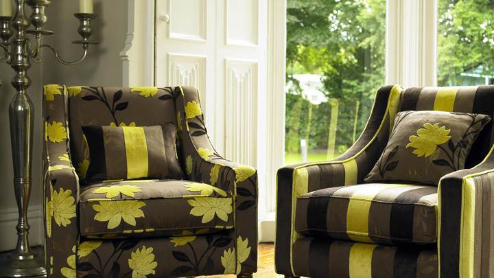 Lining And Flower Print Sofa Set In Brown And Yellow Color Wallpaper
