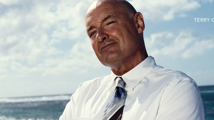 Lost – Terry O'Quinn Smiling In White Shirt