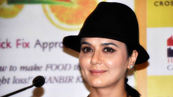 Preity Zinta Launches Pooja Makhijas Book Eat Delete