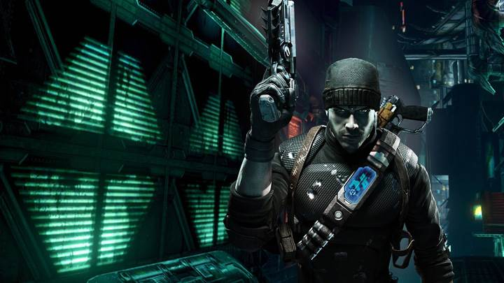 Prey 2 – Pistol In Hand