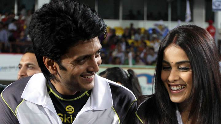 Ritesh Deshmukh And His Wife Genelia D'Souza At CCLT20