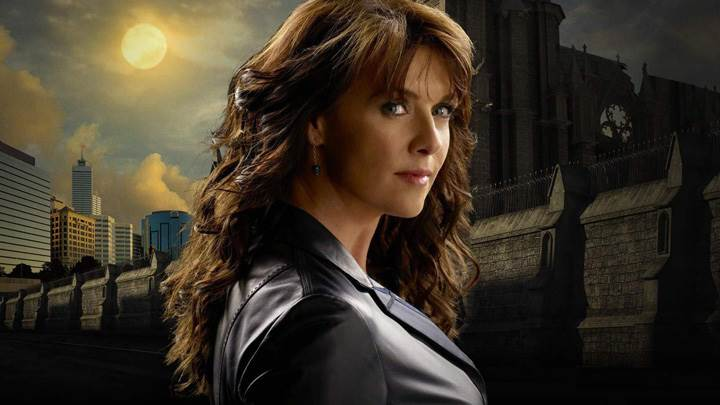 Sanctuary – Amanda Tapping As Dr Helen Magnus