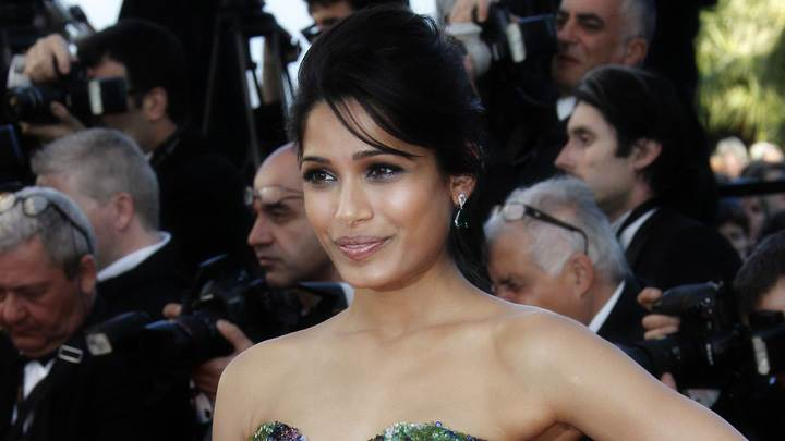Smiling Freida Pinto Modeling Pose At Moonrise Kingdom Premiere