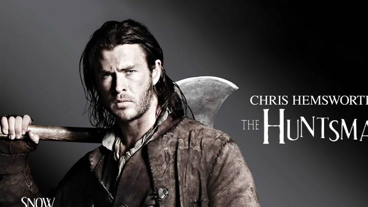 Snow White And The Huntsman – Chris Hemsworth As The Huntsman Looking Front