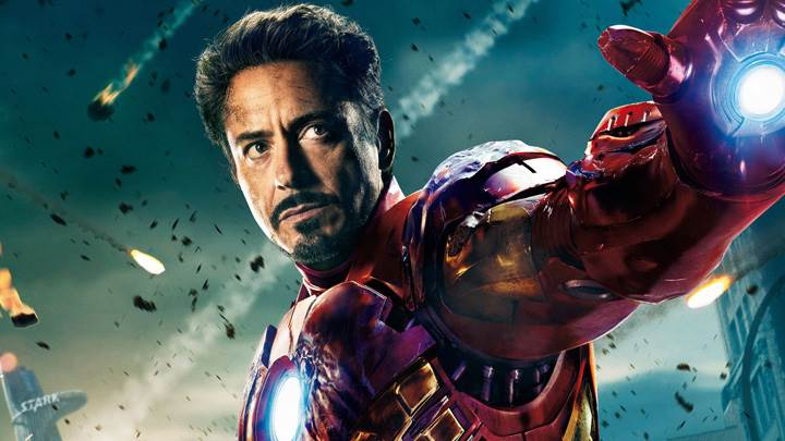The Avengers – Robert Downey Jr. As Tony Stark Showing Hand