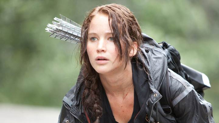 The Hunger Games – Jennifer Lawrence Aiming With Bow