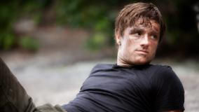The Hunger Games – Josh Hutcherson In Black T-Shirt