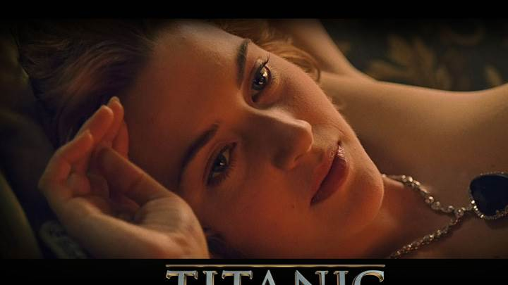 Titanic – Kate Winslet As Rose DeWitt Bukater Laying Pose