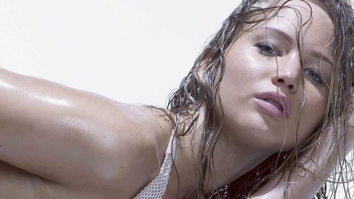 Jennifer Lawrence Pink Lips N Wet Body Photoshoot