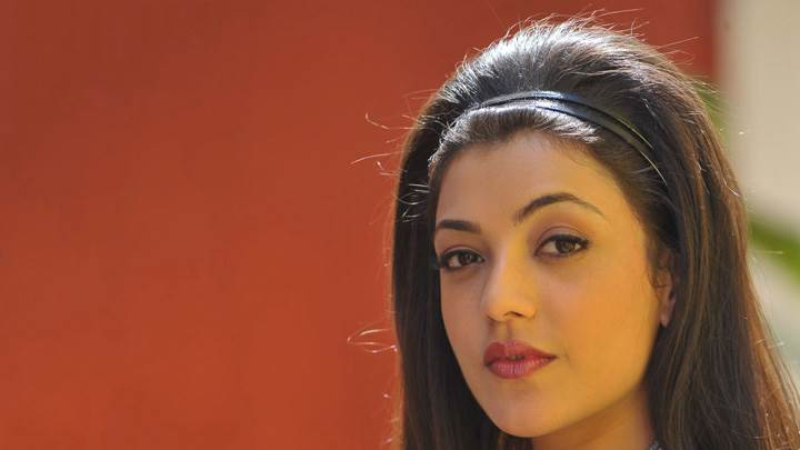 Kajal Aggarwal Cute Eyes Face Closeup