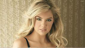 Kate Upton Cute Eyes N Golden Hairs Sexy Photoshoot