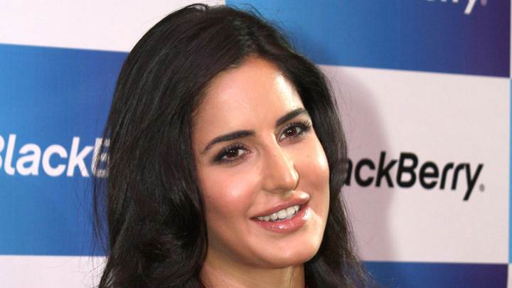 Katrina Kaif Wet Lips Face Closeup At The Launch Of BlackBerry Curve 9220