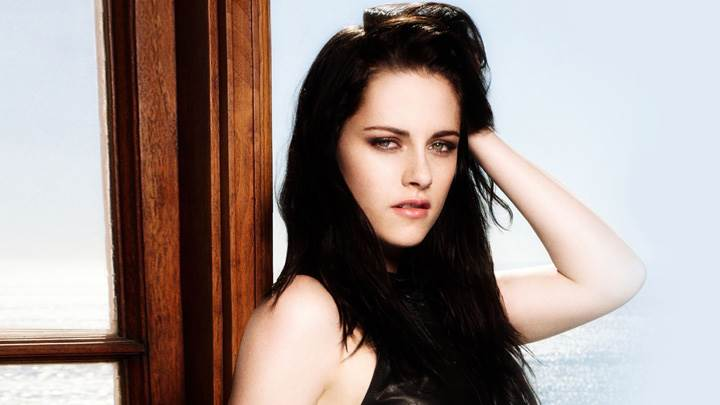 Kristen Stewart Side Pose Photoshoot