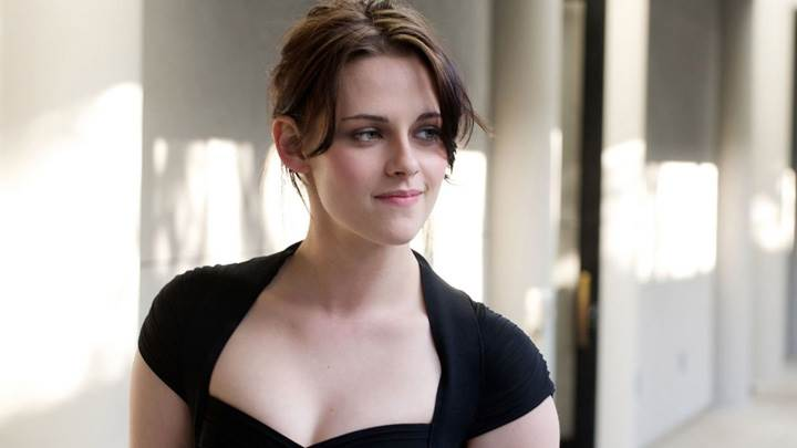 Kristen Stewart Smiling In Black Dress