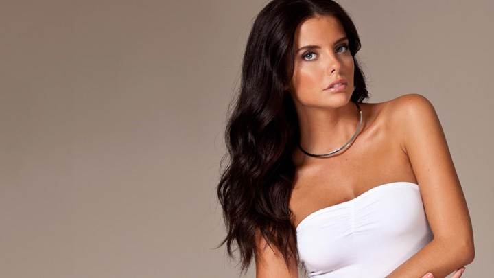 Lauren Ridaleagh In White Dress Pose At Nelly Photoshoot