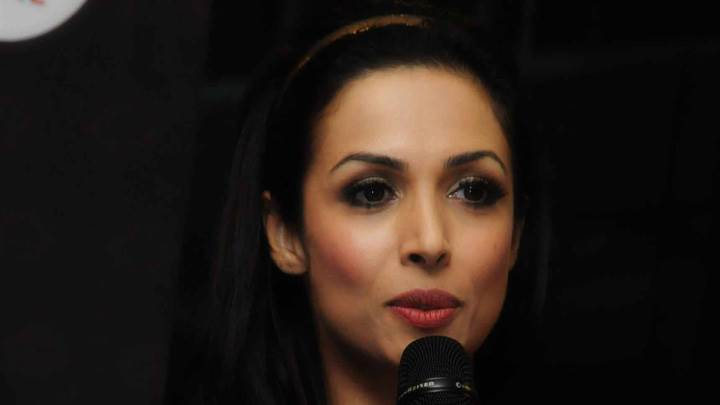 Malaika Arora Khan Mic In Hand At Mercedez Benz Anniversary Launch