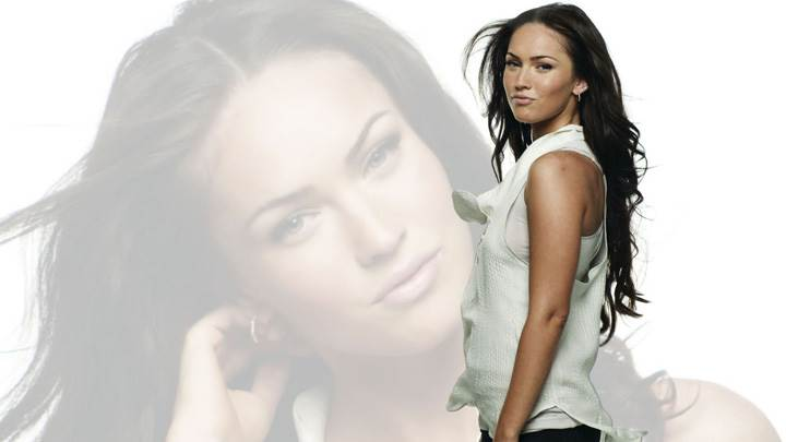 Megan Fox Front Face Reflection N Side Pose Photoshoot