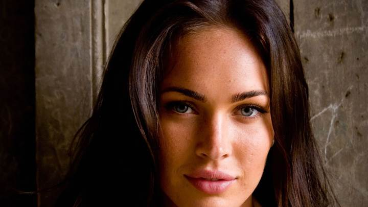 Megan Fox Smiling Pink Lips Face Closeup