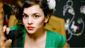 Norah Jones Looking At Camera Red Lips Photoshoot